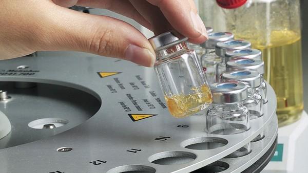 Stosowane smary są testowane przez firmę Schaeffler we własnym laboratorium.